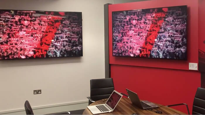 digital-signage-for-office-img-1