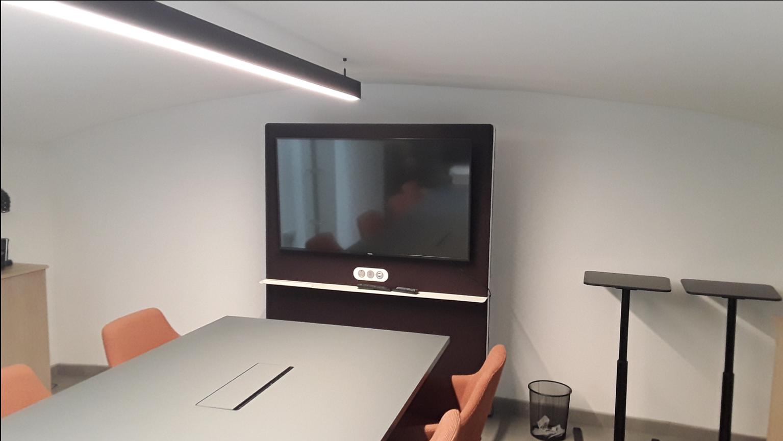 Solus meeting room